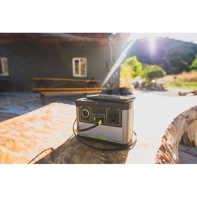 Generatore di corrente portatile Goal Zero Yeti 200X Lithium da 187Wh