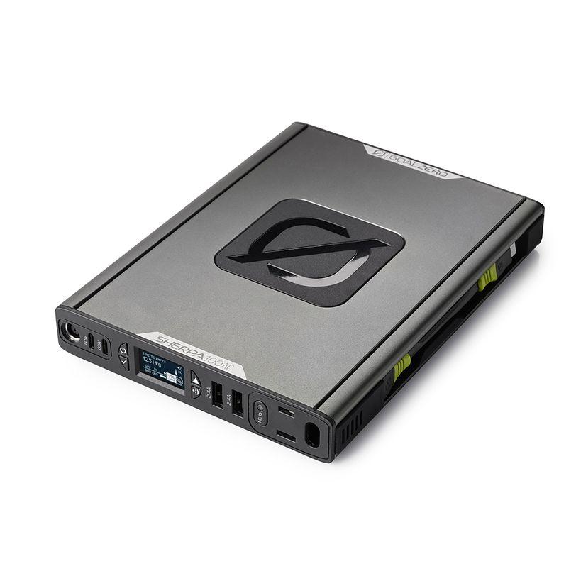 Power Bank Goal Zero Sherpa 100AC da 25.600mAh con porte USB, ricarica wireless e AC inverter